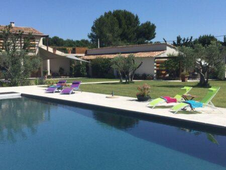 Gites en Provence - Gite Olivier et Pinede à Lancon de Provence