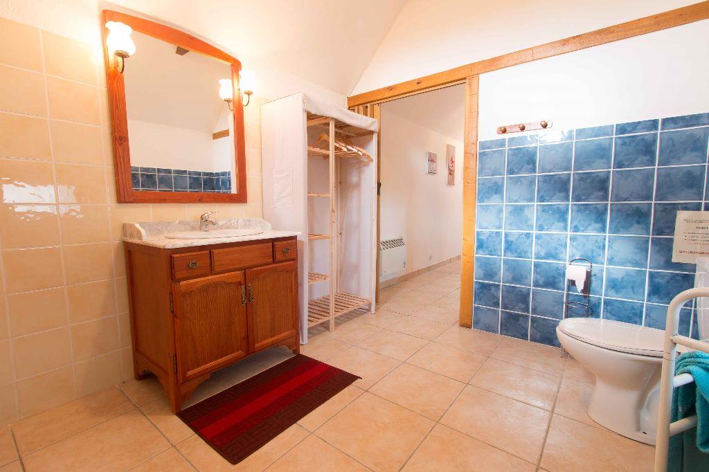 Gite Porcherie - salle de bains